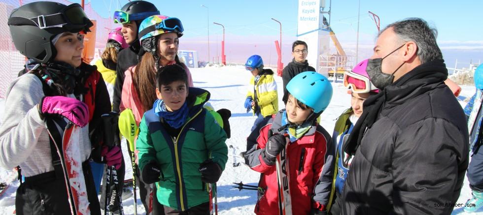 1-7 Şubat Arası Hadak Kayak Temel Eğitim Kursu Düzenleyecek