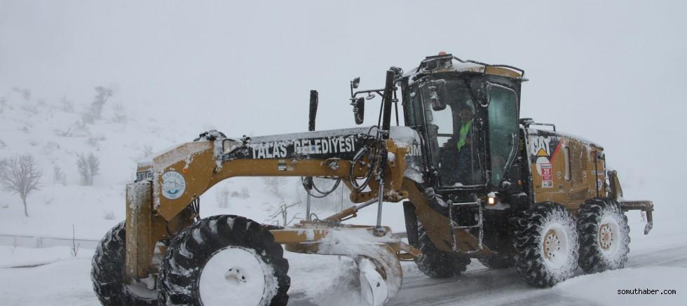 687 Kilometre Yolda 24 Saat Kar Nöbeti