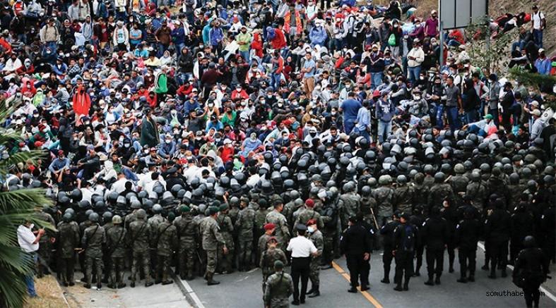 ABD'ye Yürüyüş Yapan Göçmenleri Guatemala Engelliyor