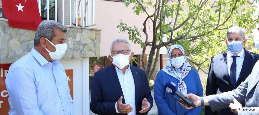 Başkan Büyükkılıç Bünyan'da Şehit Cennet Yiğit'in Ailesiyle Bayramlaştı