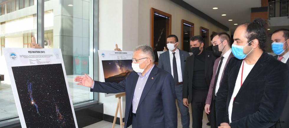 Başkan Büyükkılıç, Gök Kubbe Astrofotoğraf Sergisi'ni Gezdi