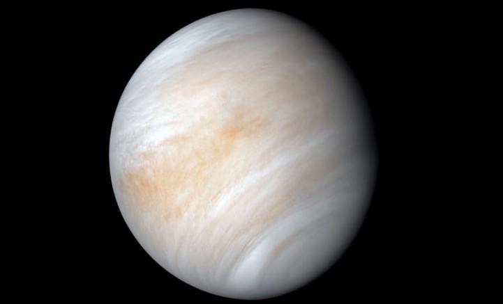 Bilim İnsanları Venüs'te Yaşam Belirtisi Keşfetti