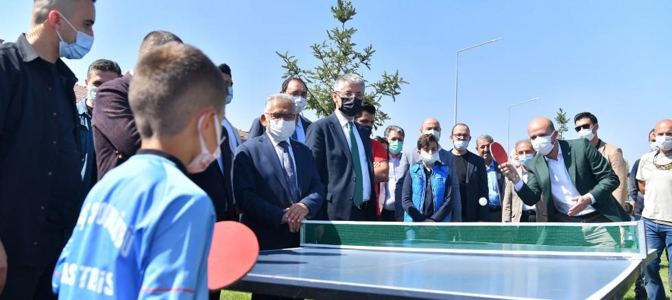 Büyükşehir'in Muhteşem Tesisinden Nefes Kesen Şampiyona
