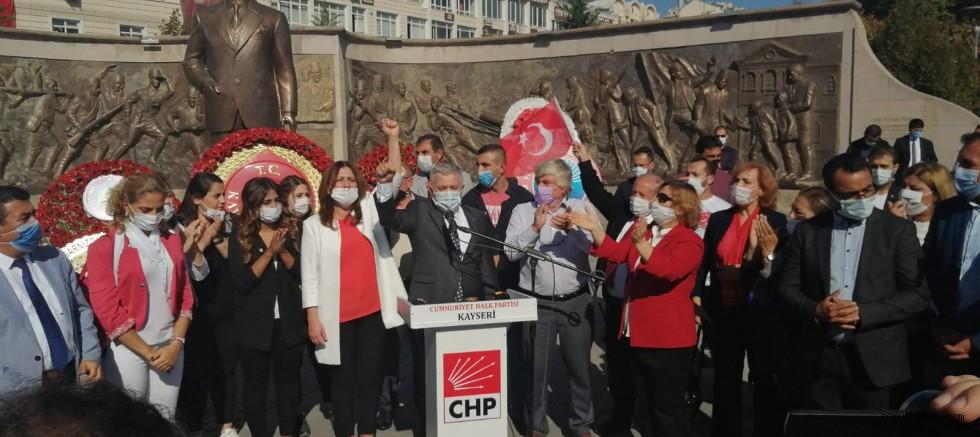 CHP'den Cumhuriyet Bayramı Kutlaması
