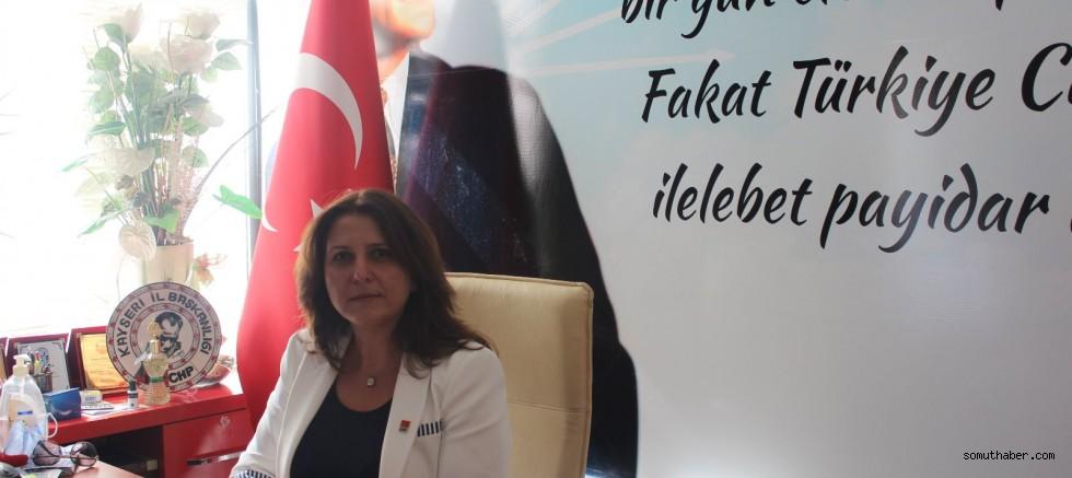 CHP'li Özer'den Kadınlar Günü Mesajı