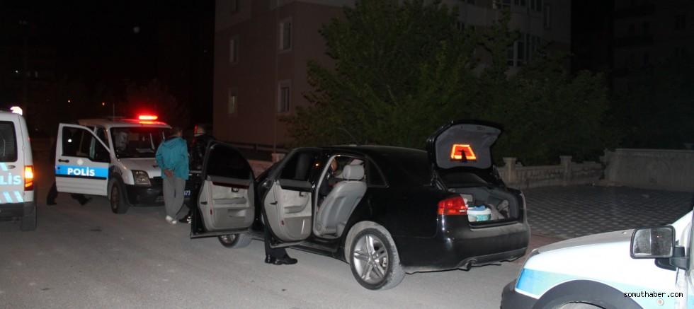 'Dur' İhtarına Uymayan Ehliyetsiz Sürücü ve Yanındaki Kişiye 11 Bin TL Ceza
