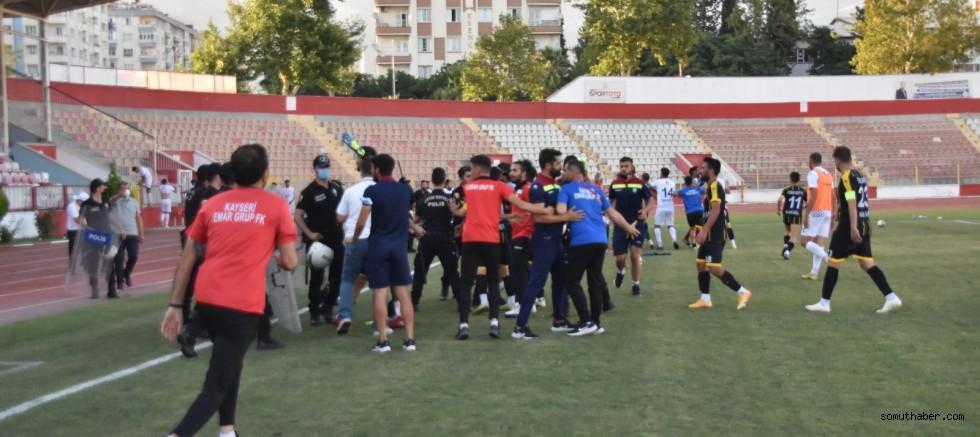 EMAR Grup FK Elendi, Ortalık Karıştı