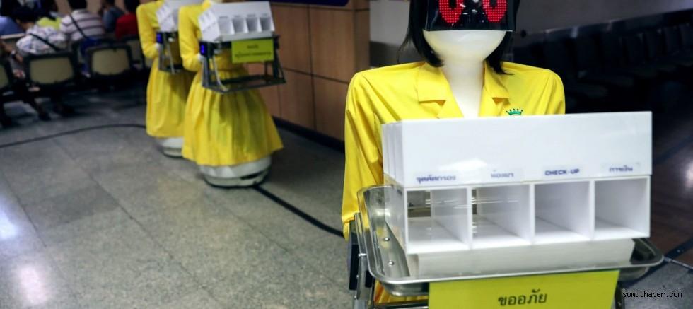 Gelecekte Yaşlıların Refakatçileri Robotlar Olacak