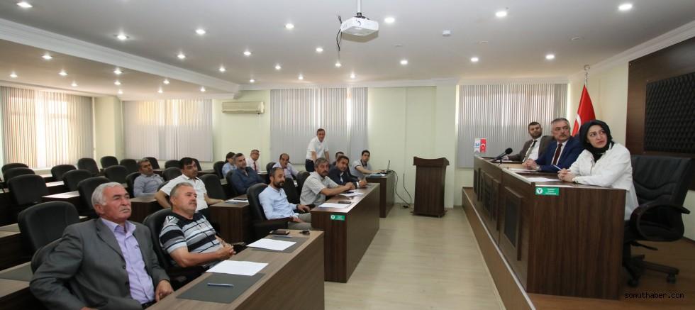 Hacılar Belediye Meclisinde Mezarlık Fiyatları Görüşüldü