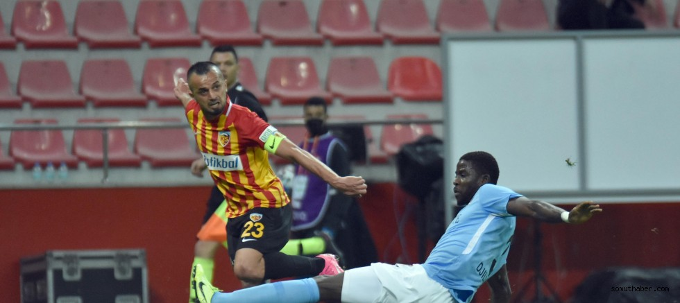 Hes Kablo Kayserispor - Gaziantep FK: 0-0