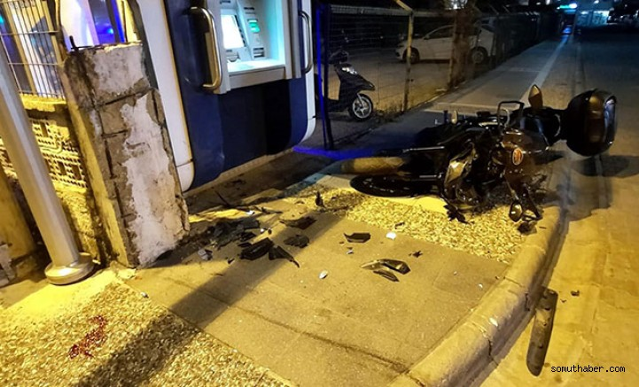 Kasksız Motosiklet Sürücüsü Kazada Öldü!