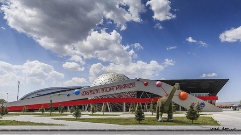 Kayseri Bilim Merkezini 32 Ayda 400 Bin Kişi Ziyaret Etti