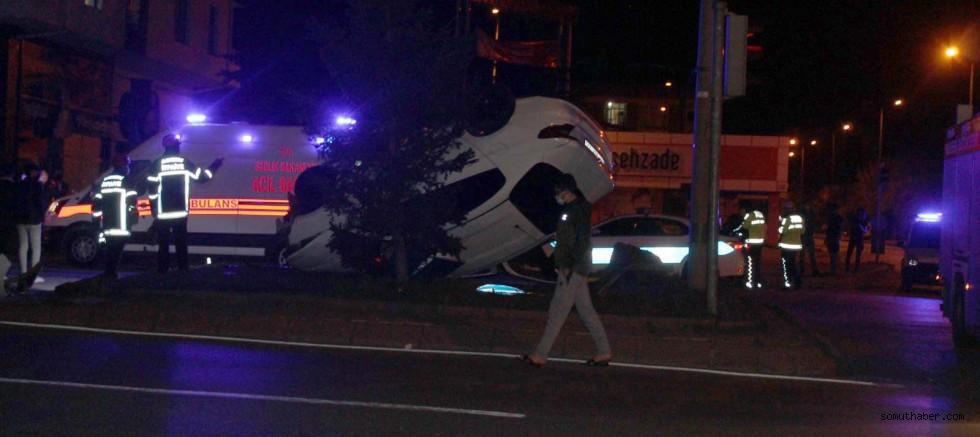 Kayseri'de 2 Otomobil Çarpıştı: 6 Yaralı