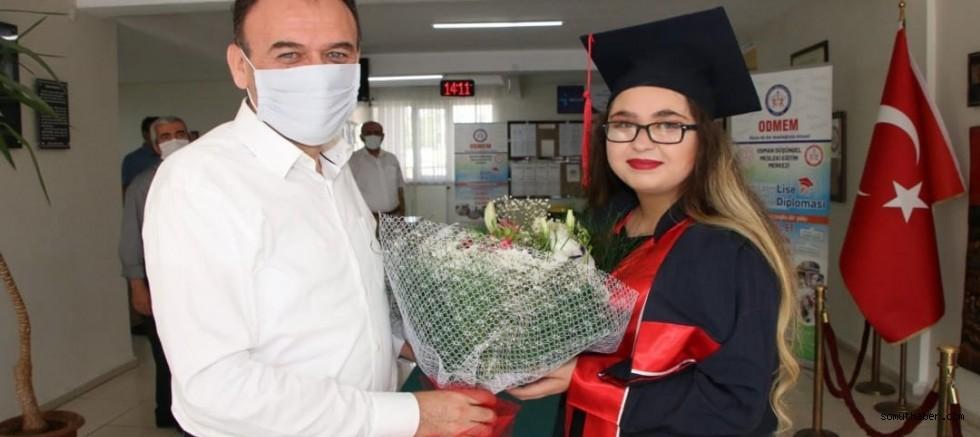 Kayseri'de 69 Kursiyer İlk Kez Hem Lise Hem Ustalık Diploması Aldı
