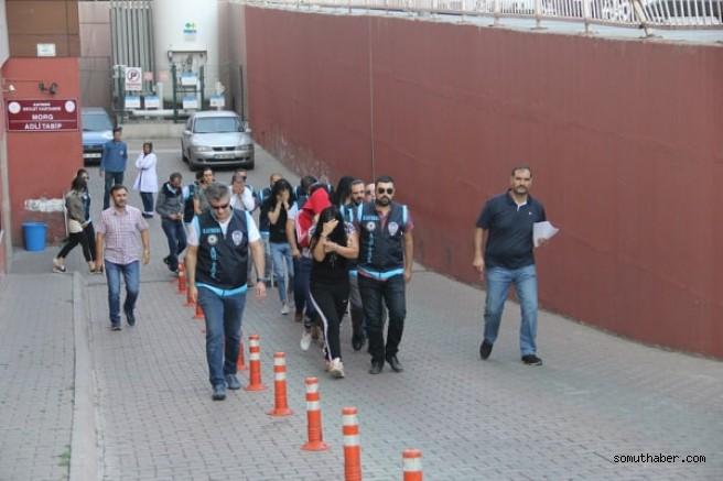Kayseri'de Fuhuş Operasyonunda 9 Kişi Gözaltına Alındı