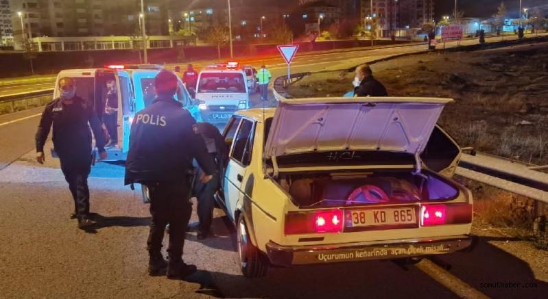 Kayseri'de Polisten Kaçan Ehliyetsiz Sürücüye 7 Bin TL Ceza