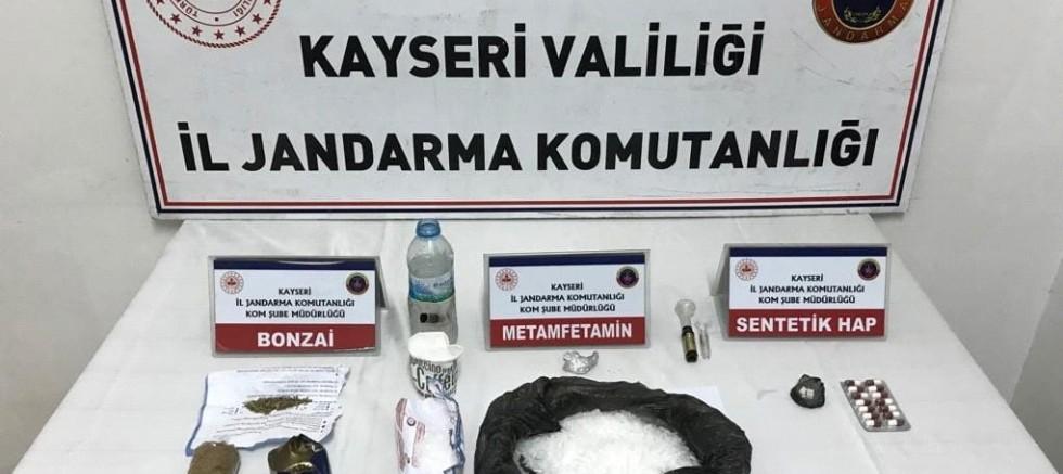 Kayseri'de Uyuşturucu Temin Eden 2 Şahıs Gözaltında