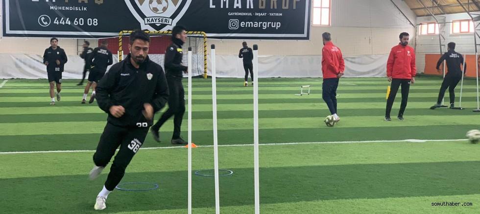Kayseri EMAR Grup Futbol Kulübü, Hazırlıklarını Sürdürüyor