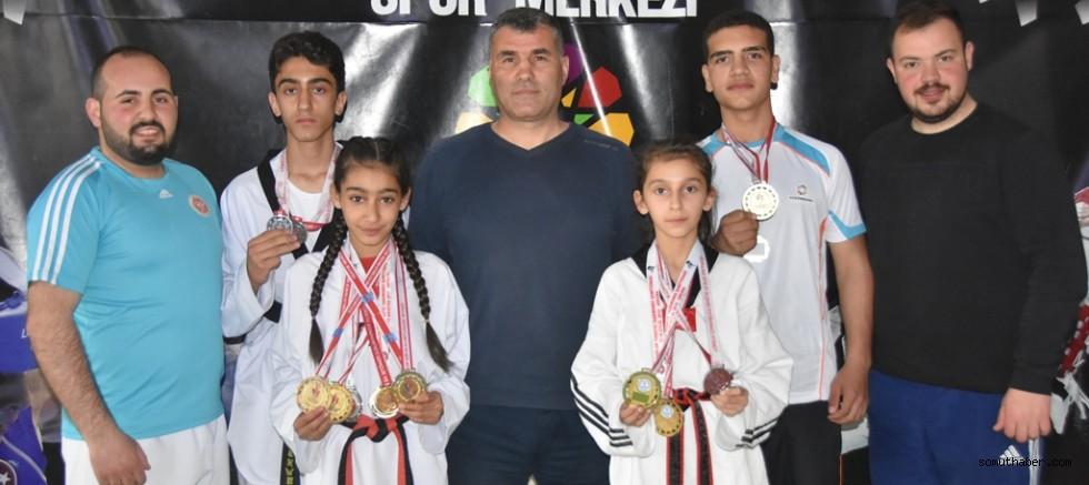 Kayseri'nin Gururu Kocasinan, Şampiyonluğa Doymuyor