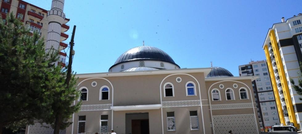 Melikgazi'de Bozgedik Yayla Camisi Yenilendi