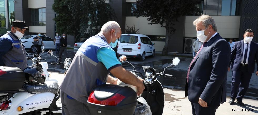 Melikgazi'den 10 Adet Elektrikli Motosiklet