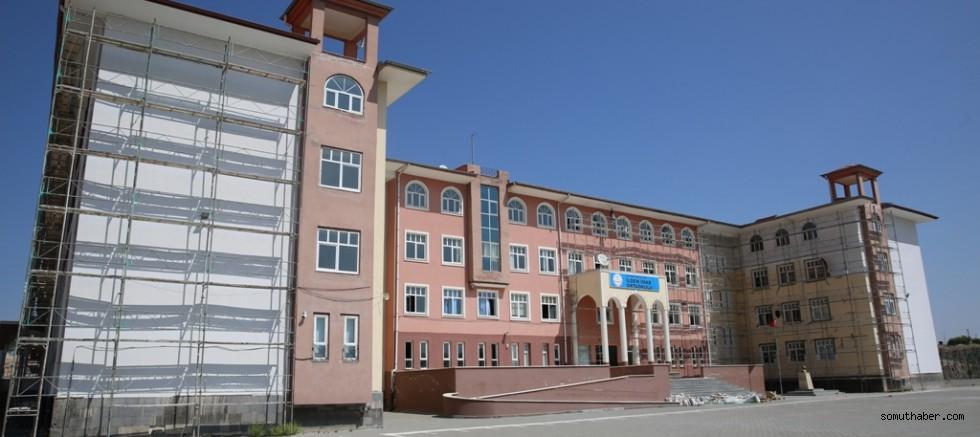 Melikgazi'den Okullara Bakım Ve Onarım Çalışması
