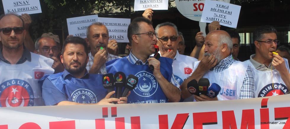 Memurlardan 'düdüklü' zam protestosu