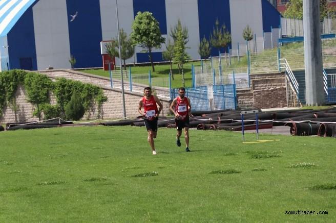 Milli Atletlerden 19 Mayıs Koşusu
