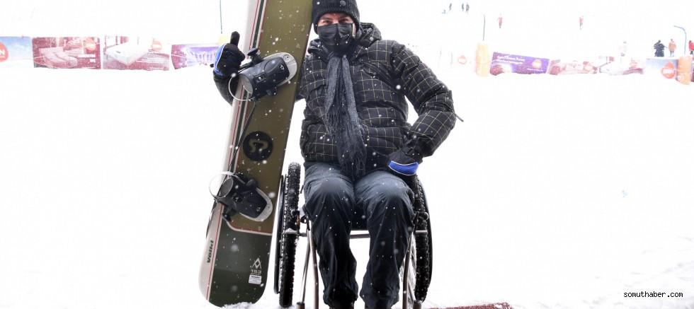 Motosiklet Kazasında Felç Olan Nazım, Snowboardla Hayata Tutundu