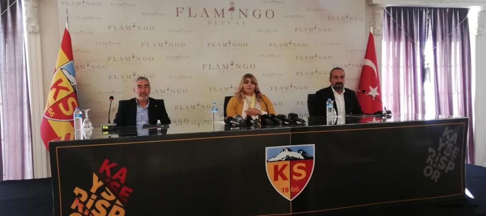 Mustafa Tokgöz Ferrarisini Başkana Bağışladı
