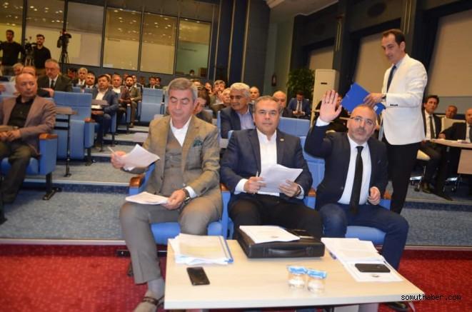 Özhan, devlet okulları için mecliste söz aldı