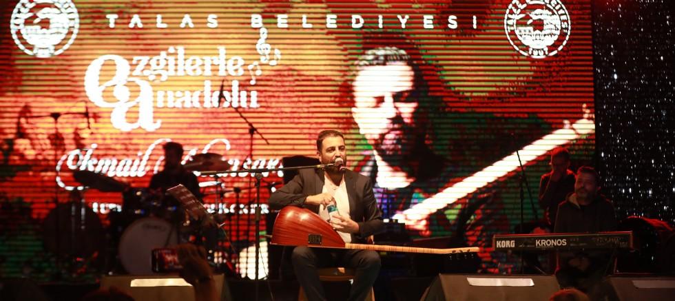 Talas'ta 'Bozkırın Tezenesi' Anısına İsmail Altunsaray Konseri