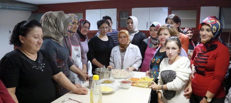 Talas'ta Kadınlara Yönelik Kurslar Yeniden Başlıyor